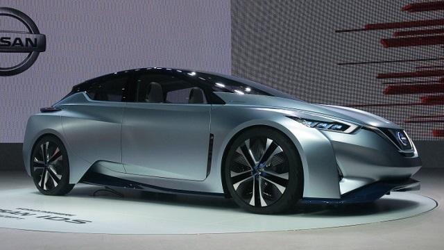 2020-Nissan-Leaf-side-view