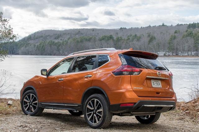 Nissan Rogue rear