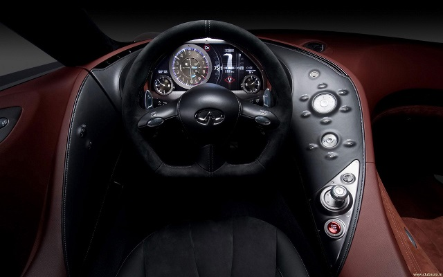 Infiniti Q100 Coupe interior