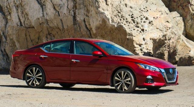 2020-Nissan-Teana.jpg