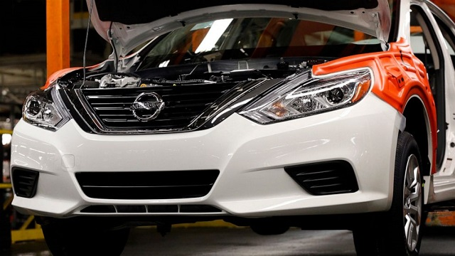 Nissan-Service.jpg