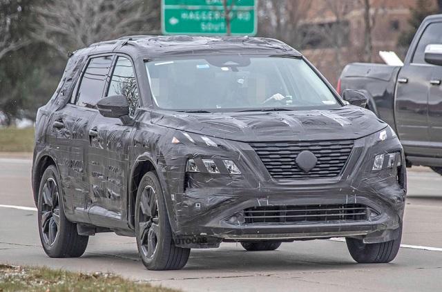 2022-Nissan-Qashqai-camouflaged.jpg