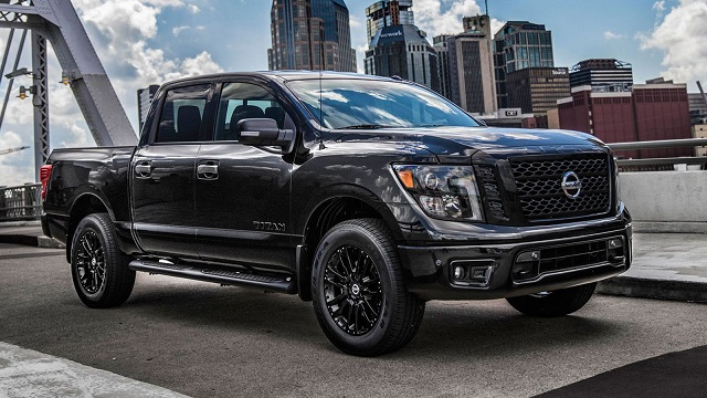 2021-Nissan-Titan-Midnight-Edition-features.jpg